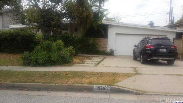 Single Family Home for Sale at 985 Crestview Drive Pasadena, California 91107 United States