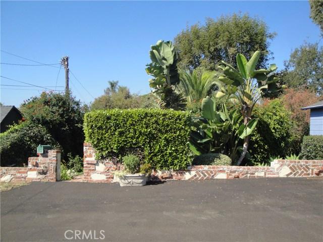 520 Oak Street, Laguna Beach CA: http://media.crmls.org/medias/82fb6033-4a4c-4215-a7ee-c231b4af4927.jpg