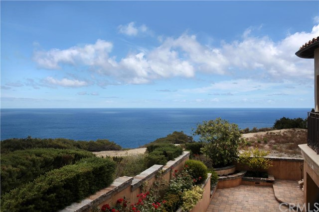 Single Family Home for Sale at 20 Le Conte Laguna Niguel, California 92677 United States