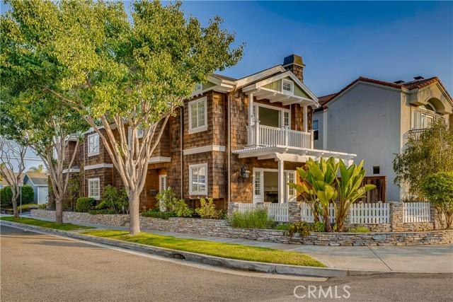 528 14th Street, Huntington Beach CA: http://media.crmls.org/medias/82fe3b04-5632-4d28-855f-ea3af5d01db7.jpg