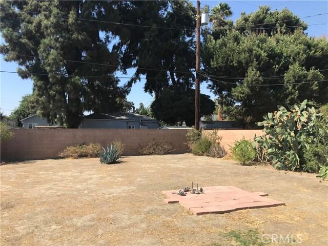 409 W Elmwood Avenue, Burbank CA: http://media.crmls.org/medias/83020ba7-7994-4fbd-b141-a674bece0dbe.jpg