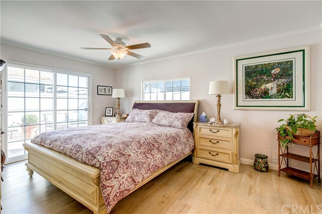279 Cambridge Way, Newport Beach CA: http://media.crmls.org/medias/830b8177-c7c3-4bca-a8f9-699db8585534.jpg