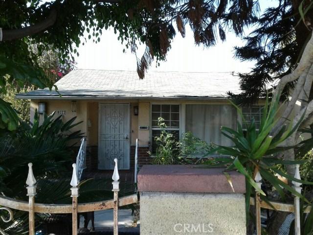 9727 Abilene Street, Rosemead CA: http://media.crmls.org/medias/830eae4e-ba7c-4d98-859b-ac0f6bbe4c3e.jpg