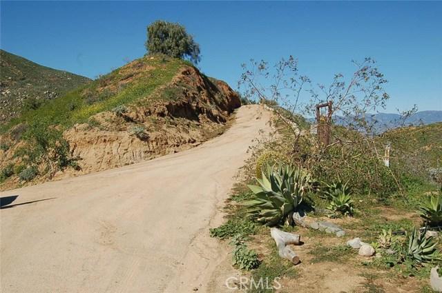 0 Dark Canyon Road, Colton CA: http://media.crmls.org/medias/831eded2-4303-48d0-aa63-81258733e12a.jpg