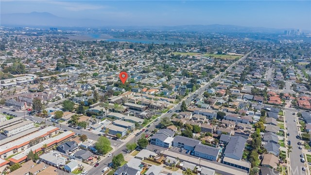 2133 Orange, Costa Mesa CA: http://media.crmls.org/medias/8322a667-23c1-4842-807d-034448814813.jpg
