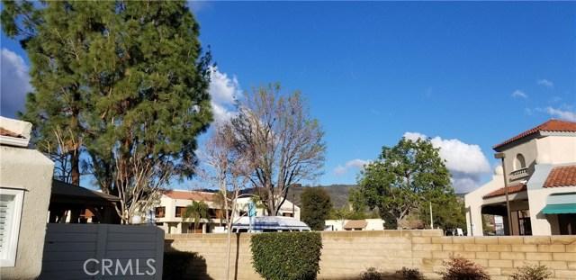 5686 Los Angeles E, Simi Valley CA: http://media.crmls.org/medias/83243fc1-54ba-4730-befd-682d70940c94.jpg
