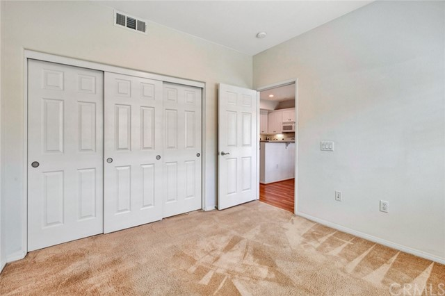 17772 Independence Lane, Fountain Valley CA: http://media.crmls.org/medias/8327ac94-5c7a-448f-9a68-72d664ab6d91.jpg