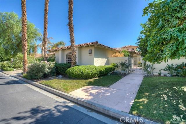 54015 Southern Hills, La Quinta CA: http://media.crmls.org/medias/833518f7-8464-4f23-af60-016d5fb32ae0.jpg