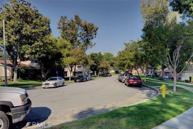 1300 Primrose Street, Upland CA: http://media.crmls.org/medias/83443403-a52e-4703-821b-3545058513d2.jpg