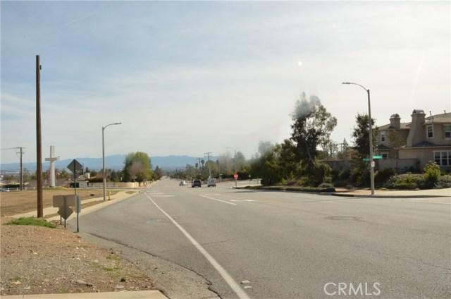 Casa Unifamiliar por un Venta en 5647 Archibald Avenue Alta Loma, California 91737 Estados Unidos