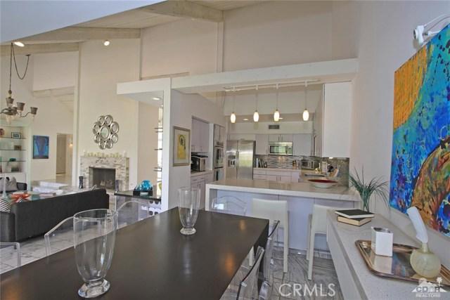 34868 Mission Hills Drive, Rancho Mirage CA: http://media.crmls.org/medias/835091f0-ba9d-40fb-9104-912247ab696c.jpg