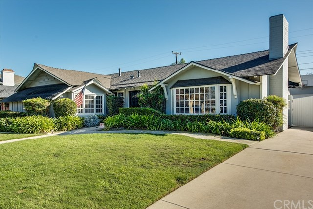 Single Family Home for Sale at 3352 Huntley Drive Rossmoor, California 90720 United States