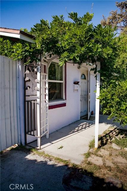 917 E Wells Street, San Gabriel CA: http://media.crmls.org/medias/835feadb-ce6e-48d0-b1fd-ac37f7cf1fc2.jpg