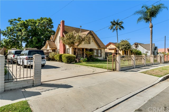2140 E 126th Street, Los Angeles, California 90222, 3 Bedrooms Bedrooms, ,2 BathroomsBathrooms,Single family residence,For sale,126th,SB20207931