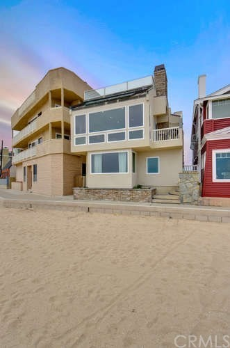1513 Seal Way  Seal Beach CA 90740