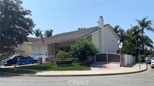 20251 Ravenwood Lane, Huntington Beach CA: http://media.crmls.org/medias/836b3fb7-da9e-49ab-9588-06f67429d852.jpg