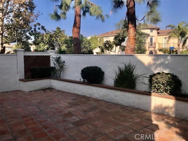 5609 La Paz Street, Long Beach CA: http://media.crmls.org/medias/836d7282-7730-4fbf-a77c-ab4f0cbcabcc.jpg
