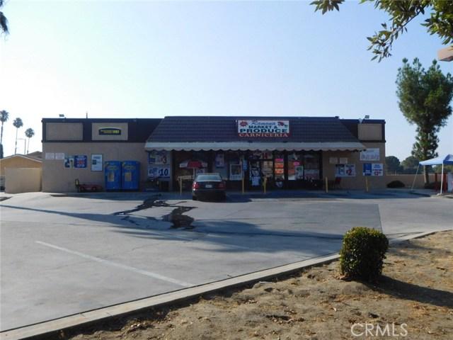 794 N Ramona Boulevard, San Jacinto CA: http://media.crmls.org/medias/837084bb-83ad-43ad-b67e-b8b3464fc2c6.jpg