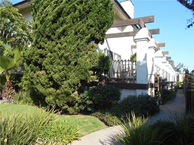 Photo of 2101 Vanderbilt Lane #4, Redondo Beach, CA 90278