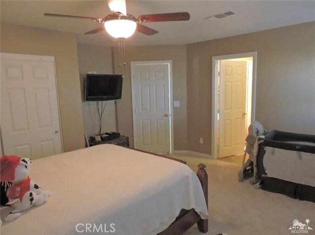 57130 Selecta Avenue, Yucca Valley CA: http://media.crmls.org/medias/8391d1b2-edca-43bd-8415-2de2fcc0a7a8.jpg