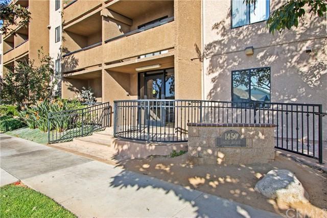 Photo of 1450 Locust Avenue #123, Long Beach, CA 90813