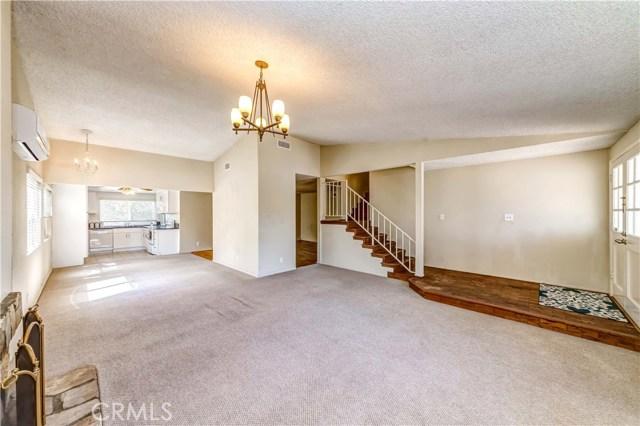 11801 La Serna Drive, Whittier CA: http://media.crmls.org/medias/839eacd2-6465-4a6c-9048-3a8aab6a35a6.jpg