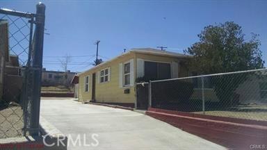 570 W Fredricks, Barstow, CA 92311 Photo