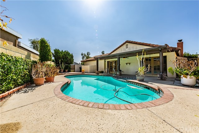 2941 E Belvedere Rd, Anaheim, CA 92806 Photo 21