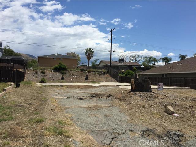 Single Family for Sale at 5383 Golondrina Drive San Bernardino, California 92404 United States