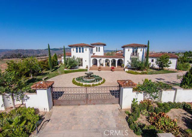 Single Family Home for Sale, ListingId:34980998, location: 43599 Calle De Velardo Temecula 92592
