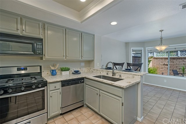 29035 Canyon Crest Drive, Lake Forest CA: http://media.crmls.org/medias/83c5c75c-0408-4be7-a1b3-5f273e161f3c.jpg