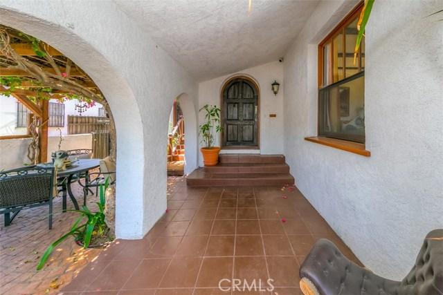 1611 S Fremont Avenue, Alhambra CA: http://media.crmls.org/medias/83cff8c7-df34-4693-bfcc-0cb882df8867.jpg