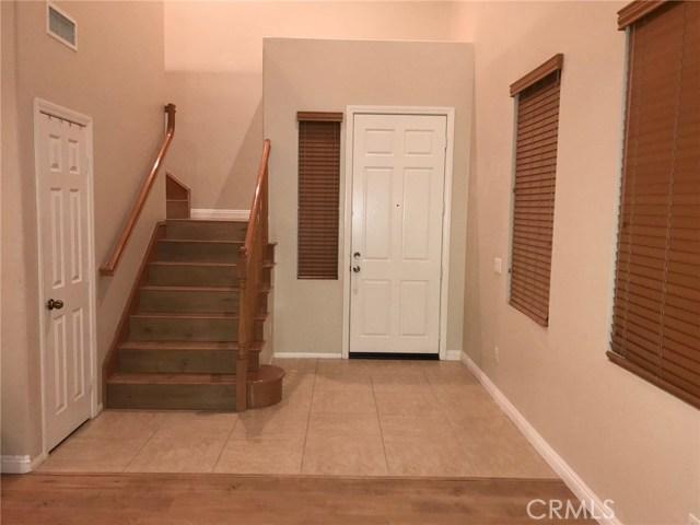 36708 Torrey Pines Drive, Beaumont CA: http://media.crmls.org/medias/83d56b1a-09e1-4664-99d5-e5b9b2c2cac4.jpg