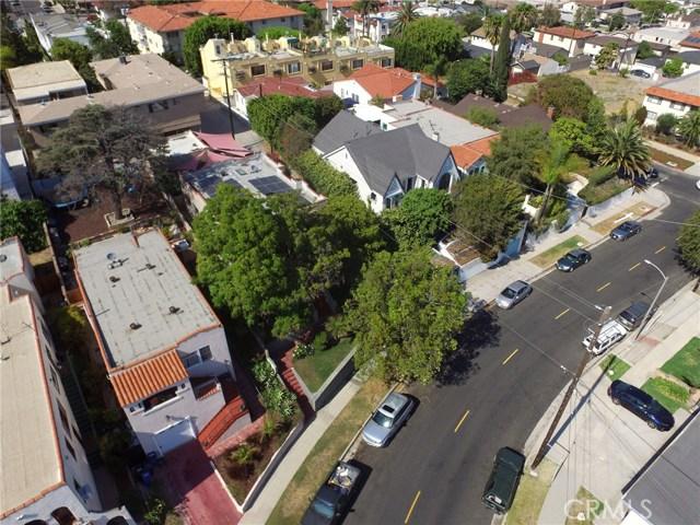 1126 11th Street, San Pedro CA: http://media.crmls.org/medias/83d9ebfc-31d4-4c1c-8cc2-a862e97d4ca5.jpg