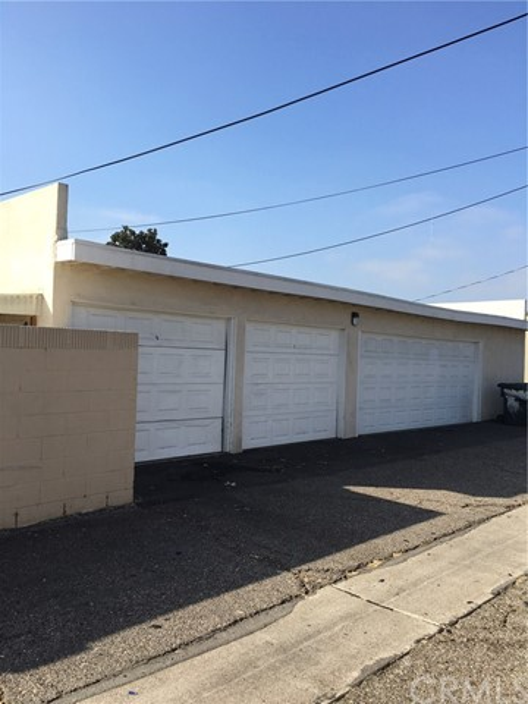 1665 W Catalpa Dr, Anaheim, CA 92801 Photo 2