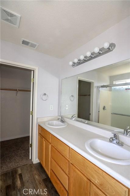 2432 N Drake Avenue, Merced CA: http://media.crmls.org/medias/83ee6f2f-b2c1-4071-8789-475d525d8ae2.jpg