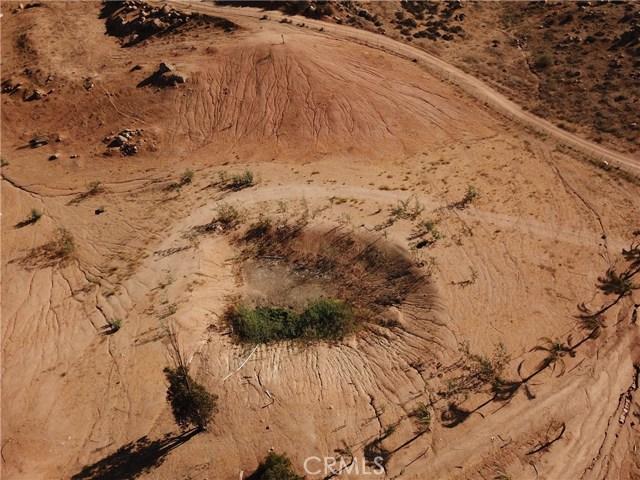 25050 El Toro Road, Perris CA: http://media.crmls.org/medias/83f43ec9-400a-4837-8d37-4afc0ae24535.jpg