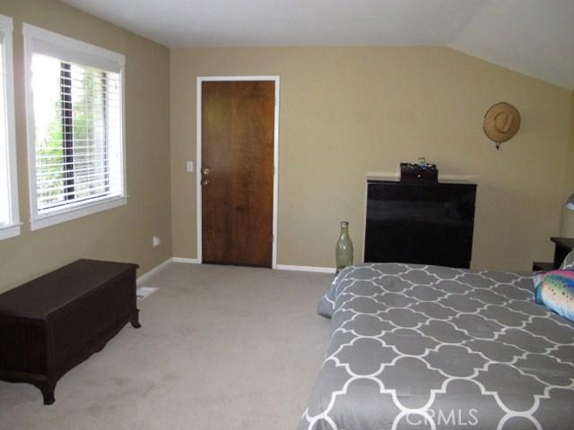 422 Fairview Lane, Paso Robles CA: http://media.crmls.org/medias/83f50995-d099-4e6f-ab5d-ef6b803e8462.jpg