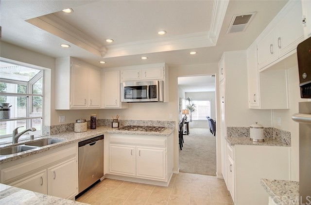 Single Family Home for Sale at 1800 Clear Creek Drive Fullerton, 92833 United States