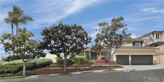 2201 Alta Vista Drive Newport Beach, CA 92660 is listed for sale as MLS Listing NP18121370