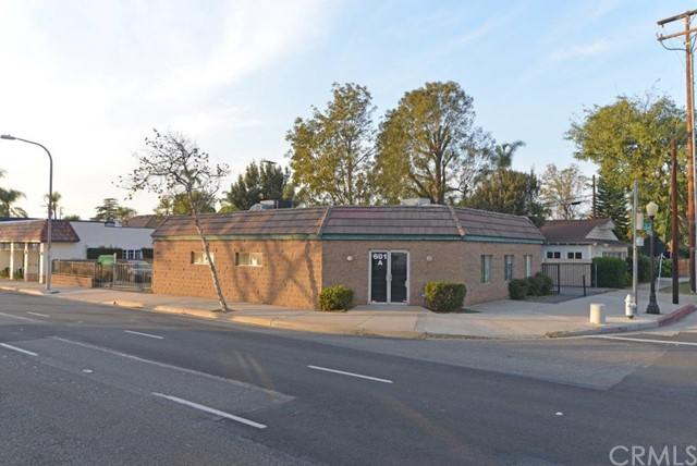 Single Family for Rent at 603 17th Street W Santa Ana, California 92706 United States