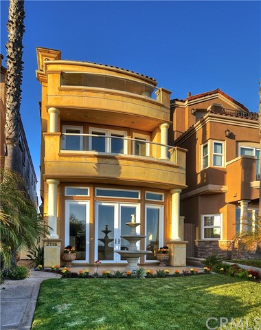 2118  Pacific Coast, Huntington Beach, California