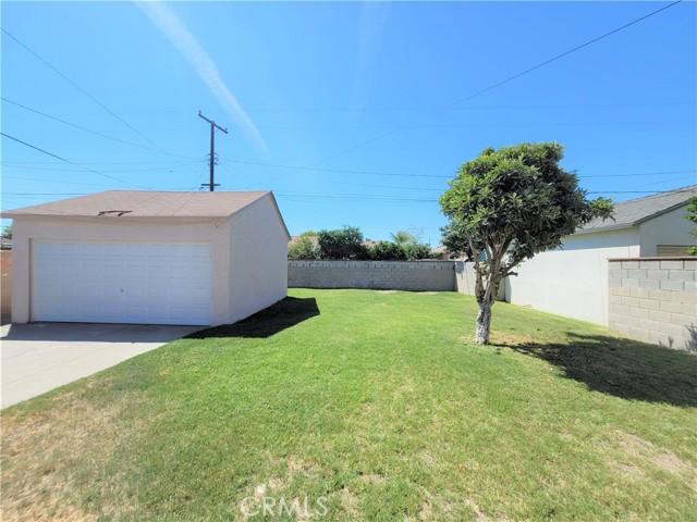 4213 Benham Avenue, Baldwin Park CA: http://media.crmls.org/medias/84154d7f-5388-4ea0-a488-a61945a342d9.jpg