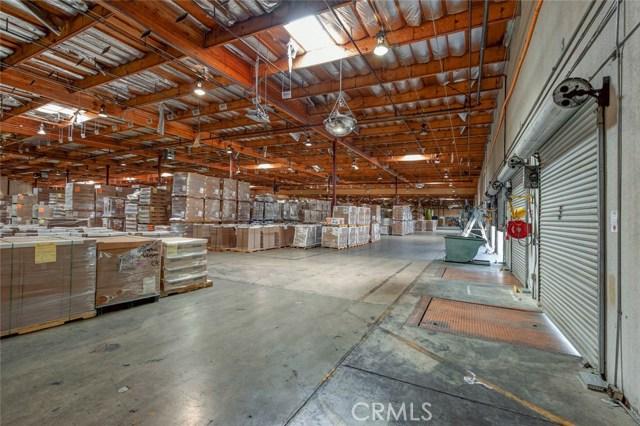 1100 Marauder Street, Chico CA: http://media.crmls.org/medias/841d85ef-4c12-4f9c-b575-a5ead3f931f0.jpg