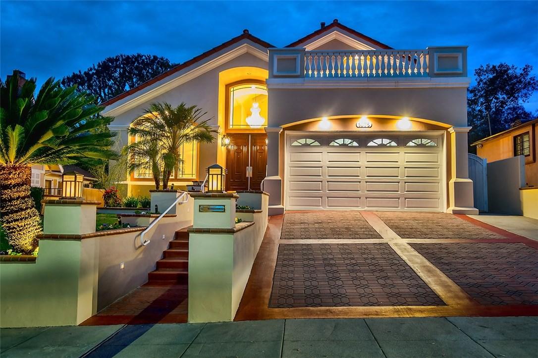 Single Family Home for Sale at 1075 E Tujunga Avenue Burbank, California 91501 United States