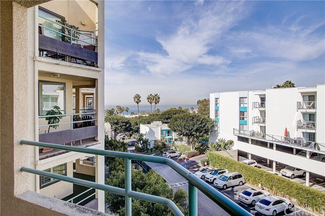 520 The Village 313, Redondo Beach, CA 90277 photo 3