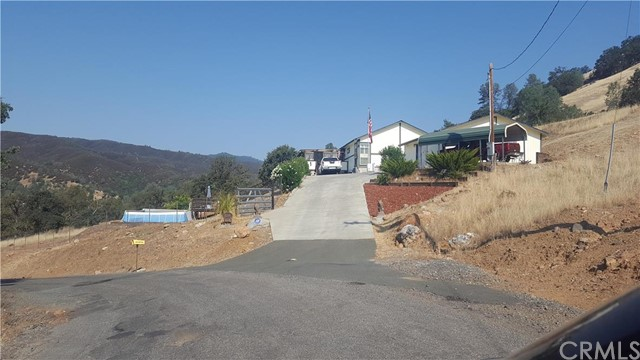 Single Family for Sale at 3288 Wolf Creek Road Clearlake Oaks, California 95423 United States