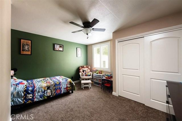790 Carhart Avenue, Fullerton CA: http://media.crmls.org/medias/844c03d9-e184-4461-82db-2b7b12e4c43a.jpg
