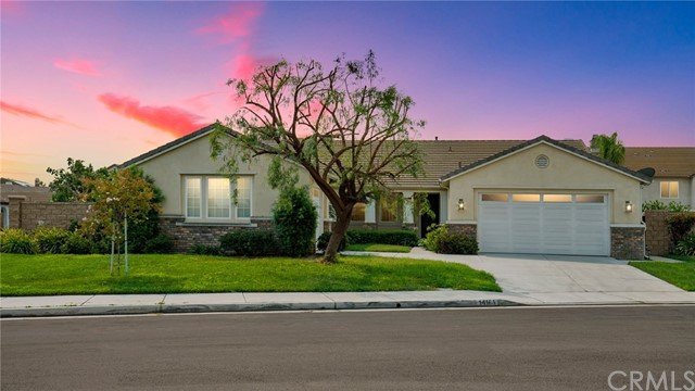 14161 Sugarcreek Circle , CA 92880 is listed for sale as MLS Listing CV18197174