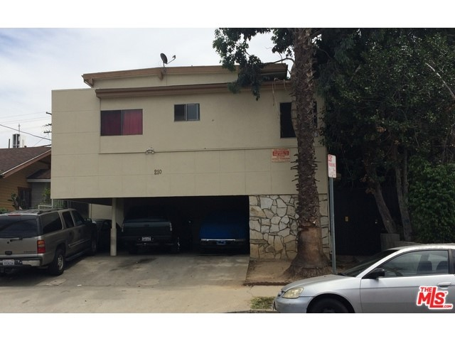 Photo of home for sale at 210 BURLINGTON Avenue N, Los Angeles CA